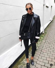 All black outfit Black biker jacket Black Gucci loafers All Black Outfits For Women, Black And White Outfit, Black Women Fashion, Look Fashion, Trendy Fashion, Fashion Mode, Trendy Style, Womens Fashion, Fashion Trends