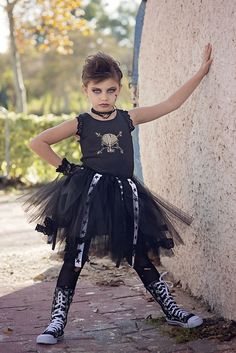 Glam Rock, Girls Tutu Dresses, Tutus For Girls, Unique Halloween Costumes, Halloween Dress, Rockstar Costume Girl, Rock Costume, Rock Star Outfit, Birthday Outfit