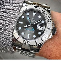Style Guide No money for a Rolex? But you still love elegant watches?gentlemenstim … we have a selection of elegant yet inexpensive watches for you! Dream Watches, Fine Watches, Sport Watches, Cool Watches, Elegant Watches, Beautiful Watches, Audemars Piguet, Jeager Le Coultre, Omega Seamaster