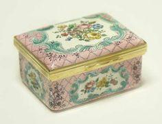 Halcyon Days floral box