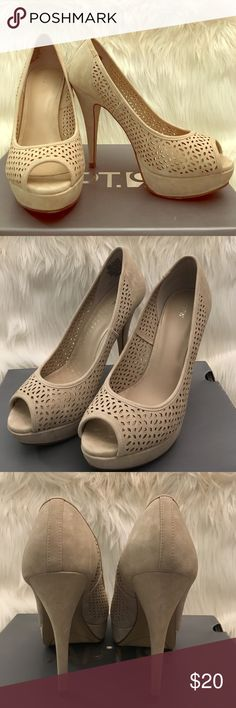 """Apt. 9 Kennedy Cream Peep-Toe Pump Pretty cream suede peep-toe pump with platform. Heel is 5"""" with a 1"""" platform. These are pristine I wore them once for a few hours at most. There are no stains on the suede they are in perfect condition. Very slight wear to the soles. Size 7.5. Apt. 9 Shoes Platforms"""