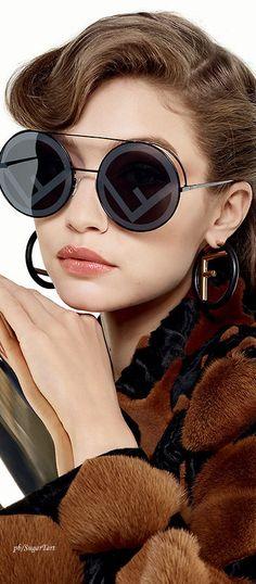 7ae34f730 Fendi Ad Campaign by Karl Lagerfeld Oculos De Sol, Olhos, Óculos Feminino,  Preto