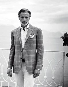 Read Here : Men and Their Clothes: What Women Think. An exclusive from Parisian Gentleman.