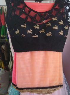 Order contact my whatsapp number 7874133176 New Blouse Designs, Saree Blouse Designs, Saree Styles, Blouse Styles, Saree Dress, Sari, Saree Blouse Patterns, Blouse Models, Elegant Saree