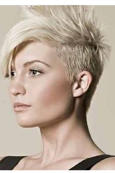 Take a little off the top! Easy to master and maintain, short hairstyles are cool, powerful, and they show that your are a strong and self-confident woman. Do you wonder what your image tells the world? Visit www.executive-ima... for more information. #shorthair #image #style #executiveimageconsulting