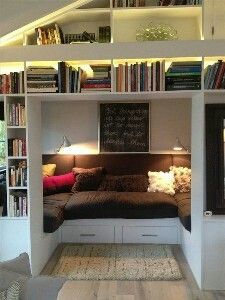 81 Cozy Home Library Interior Ideas www.futuristarchi… 81 Cozy Home Library Interior Ideas www. Home Libraries, Cozy Nook, Bed Nook, Alcove Bed, Cosy Corner, Deco Design, Design Art, Home And Deco, Small Bedrooms