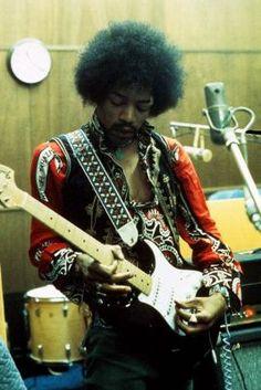 Jimi Hendrix en octobre 1968 aux studios TTG d'Hollywood. © Experience Hendrix Legacy