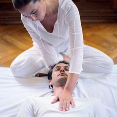 Shiatsu massage. Similar to a Thai energy release hold. Very powerful.