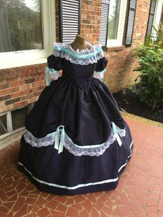 Plus size civil war dress Ballgown-midnight blue taffeta--http://www.cumberlandriversutlery.com/3-piece-midnight-blue-taffeta-plus-size-civil-war-ballgow340.html
