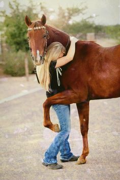 Senior pictures with horses ideas. Horse senior picture ideas for girls. Senior picture poses with horses. Cute Horses, Pretty Horses, Horse Love, Beautiful Horses, Animals Beautiful, My Horse, Horse Head, Snapshot Photography, Equine Photography