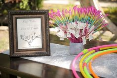 Gorgeous 30+ Awesome Kids Table at Wedding Ideas https://weddmagz.com/30-awesome-kids-table-at-wedding-ideas/
