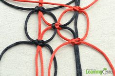 square knot for net like pattern...