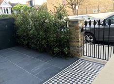 Victorian and Edwardian front garden design and restoration - tiles available from period home and interiors in London Victorian Front Garden, Victorian Terrace House, Edwardian House, Victorian Gardens, Victorian Front Doors, Victorian Tiles, Front Garden Path, Front Path, Front Steps