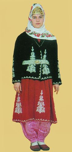 Traditional festive costume from the Hatay province (Antakya).  Style: first half 20th century.  This is a recent workshop-made copy, as worn by folk dance groups.