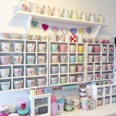 Latte cups  https://www.billiedesign.nl/serviesgoed-bekers-latte-cup-c-2_11/