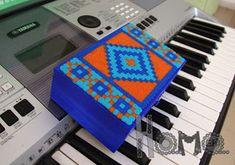 Hama gifts: Mosaic perler box