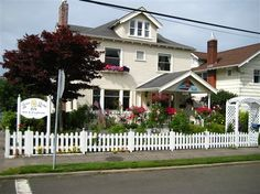 Rose River Inn B - Astoria, Oregon  Great place!