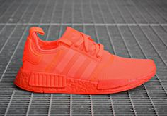 adidas NMD Takes the Tonal Route, This Time in Solar Red Adidas Nmd R1, Adidas Zx Flux, Adidas Men, New York Fashion, Teen Fashion, Fashion Trends, Runway Fashion, Milan Fashion, Fashion Models