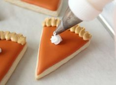 Mini-Pie Slice Cookies for Thanksgiving