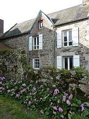 Kleines Landhaus auf dem Dorf, - Kleines Landhaus 1 Schlafzimmer, Schlafmöglichkeiten für 4Ferienhaus in Regneville-sur-Mer von @HomeAway! #vacation #rental #travel #homeaway