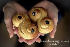 Dona Biscoito: Saint Lucia Saffrons Buns (Lussekater)... e é nova...