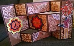 Mit Liebe selbstgemacht von Petra Heinrich. Geburtstagskarte / Birthday card. 70er-Jahre Stil. Love and Peace. Die Faltung ist von Secret Garden Tri Fold Shutter Card Tutorial. Die Blütenstanzen sind von Stampin up, das Blubber-Papier und die Blubberstanze habe ich bei Alexandra Renke gekauft. Der Stempel Gitarrist ist von Impression Obsession.