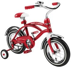 Love the classic look of this radio flyer kid's cruiser bicycle.