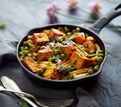 Zöldséges sült tofu - Recept | Femina No Dairy Recipes, Cooking Recipes, Calcium Rich Foods, Healthy Cereal, Acidic Foods, Vegan Nutrition, Dash Diet, Small Meals, Batch Cooking