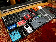 Custom Sounds Finland – custom-made pedalboard