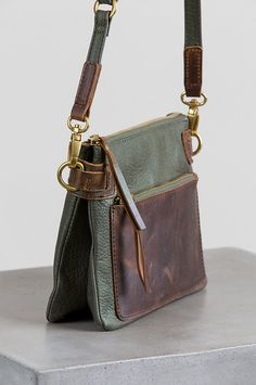 22c179f5c3ce 17 Best Vintage purses images | Vintage handbags, Vintage purses, Bags