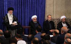 خامنهای ولی فقیه نظام جمهور اسلامی عصر امروز دوشنبه با سران سه قوه ، مسئولان و کارگزاران نظام و جمعی از مدیران کشور دیدار داشت . وی این دیدار را خرج بیرون کشیدن پیروزی در انتخابات ریاست جمهوری از جیب روحانی کرد و گفت، کار مشترک مردم فارغ از اینکه به چه کسی رأی دادند، …