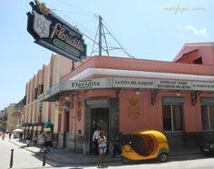 El Bar Floridita y la Calle Obispo en la Habana Vieja