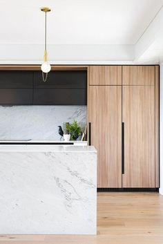 Modern Kitchen Interior Remodeling Tour this award-winning family kitchen with marble and timber detailing, to see why functionality still matters - tour this award-winning family kitchen to see why functionality still matters Timber Kitchen, Modern Kitchen Cabinets, Kitchen Modern, Kitchen Industrial, Wooden Kitchen, Wood Cabinets, Contemporary Kitchens, Contemporary Interior, Kitchen Backsplash