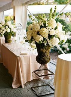 To see more romantic details of Rhode Island wedding: http://www.modwedding.com/2014/11/28/romantic-rhode-island-wedding-lisa-berry-photography/ #wedding #weddings #wedding_reception