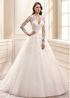 Glamorous Tulle V-Neck A-line Wedding Dresses With Lace Appliques