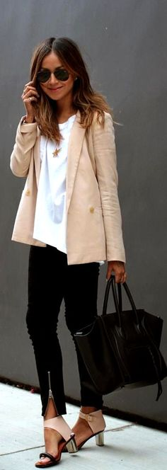 Nude Blazer...great outfit in its entirety! ♡