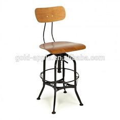 I love this retro swivel bar stool. It would look good sidled up next to the bar on the kitchen island.