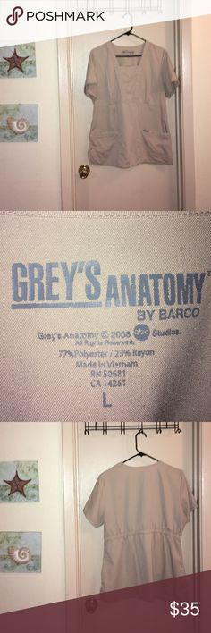 Grey's Anatomy Scrub Top 💉🔬 Like new! Excellent condition and very flattering! Bundle up and save 😊💎🍀 grey's anatomy Other