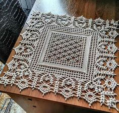 Crochet Bedspread Pattern, Crochet Tablecloth Pattern, Crochet Snowflake Pattern, Crochet Curtains, Crochet Stitches Patterns, Thread Crochet, Crochet Ripple, Crochet Diagram, Crochet Squares