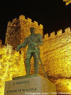 Estátua de Dom Fernando, 2º Duque de Bragança - Portugal, via Flickr.