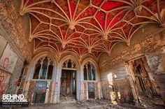 Urban Exploration of a Real Life Abandoned Fairy Tale Castle - Neatorama