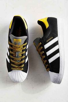 Those iconic three stripes and trefoil logo have topped adidas sneakers, tees, hoodies + so much more for over 60 years. Women's Shoes, Sock Shoes, Shoe Boots, Me Too Shoes, Dress Shoes, Shoes Sneakers, Shoes Style, Trendy Shoes, Casual Shoes