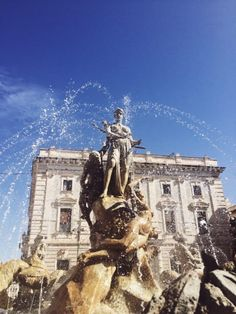 fountains are wonderful in Ortygia (Sicily)