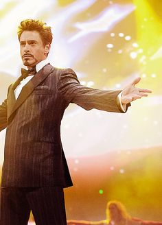 Robert Downey Jr. ❤️❤️....and yes, I know I pin him a lot. Will I apologize for it? Nope. Am I sorry? Heck no. I love this guy. If yer tired of seein him pop up, then don't follow the board or me. Have a lovely day ;)