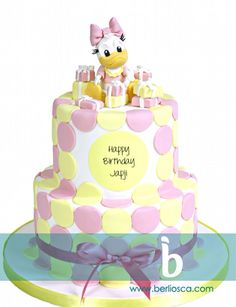 Daisy Duck Cake - bright pink & purple circles