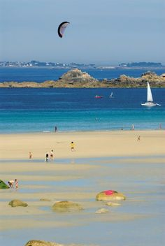 Cléder | Finistère Bretagne Brittany France Beach http://brittanyholidayguide.com/brittany-best-beaches.html