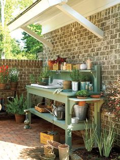 potting bench, please