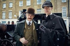 http://www.oregonlive.com/tv/2015/12/tv_this_week_sherlock_the_abom.html  Oregonian 12-27-2015 share abt The Librarians S2 E10 episode