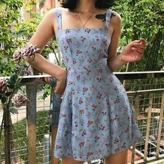 Mode Outfits, Girly Outfits, Cute Casual Outfits, Pretty Outfits, Pretty Dresses, Vintage Outfits, Floral Dress Outfits, Cute Floral Dresses, Casual Summer Dresses