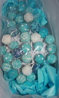 Mmmm Oreo balls dude blue and green.... So cute :)